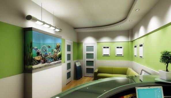 Потолок в поликлинике