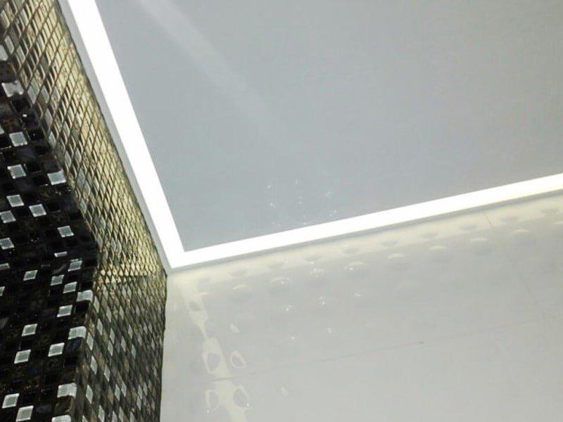 Контурный натяжной потолок