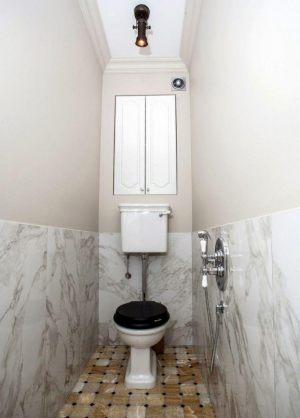 Natyazhnye-potolki-v-tualet8
